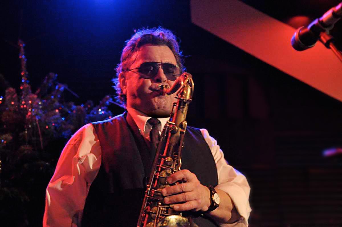 Herbert Graf blow horn